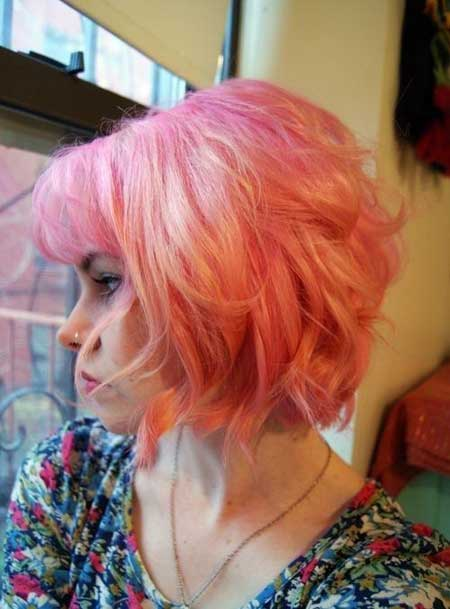 Curly-Bob-Hairstyle-for-Short-Hair-Women-Haircuts