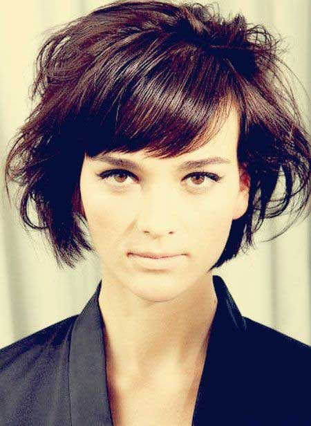 Messy-Short-Hairstyles-for-Side-Bangs