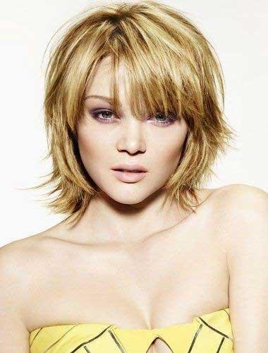 Short-Bob-Haircut-for-Heart-Shaped-Faces