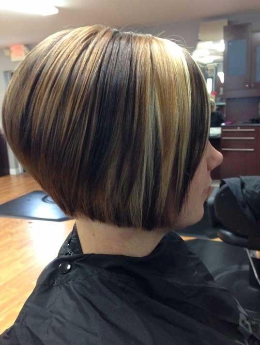 Trendy-Short-Straight-Hairstyle-Bob-Haircuts-2015