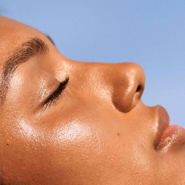 kako menstruacija utiče na kosu i kožu