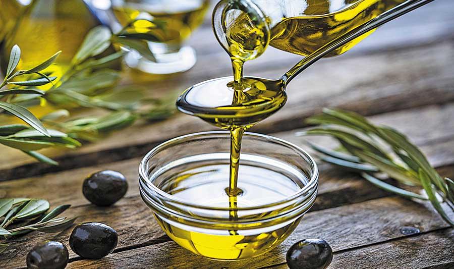 Maslinovo ulje - Lek za oštećenu kosu