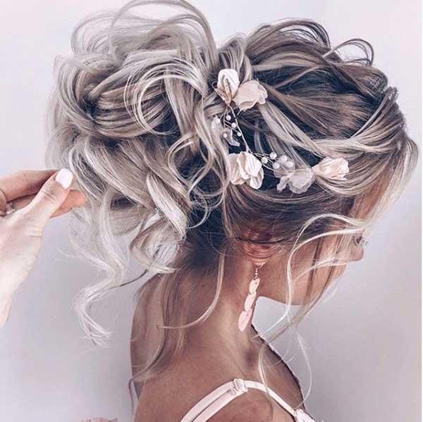 punđa - platinasto srebrno plava kosa
