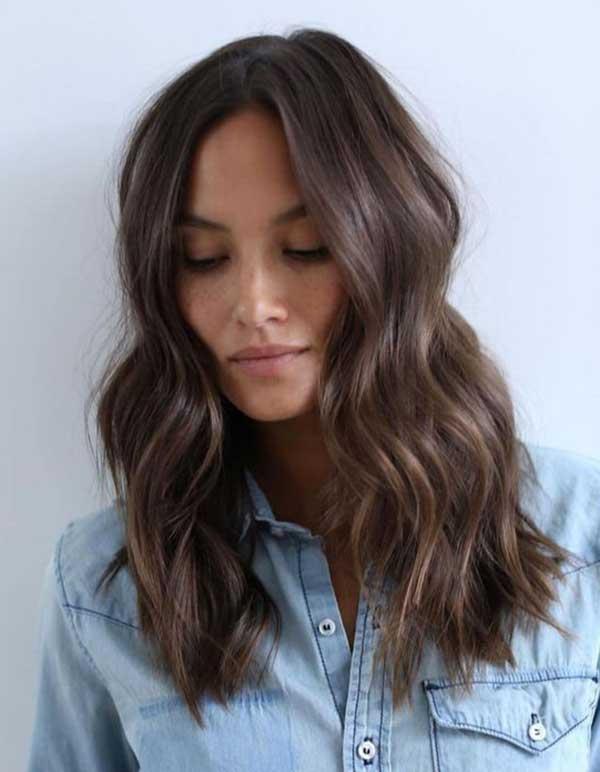 čokoladna boja kose - srednje duga kosa