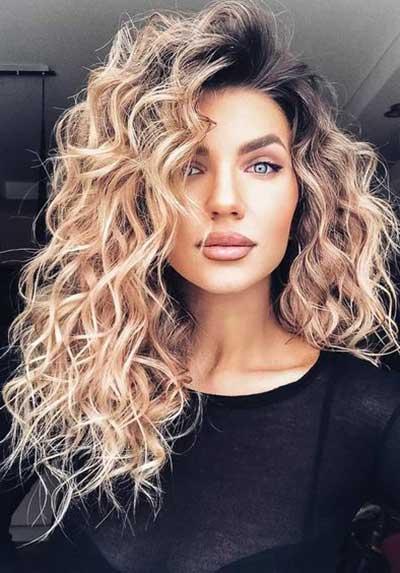 Primer krupnijih lokni na dugoj kosi