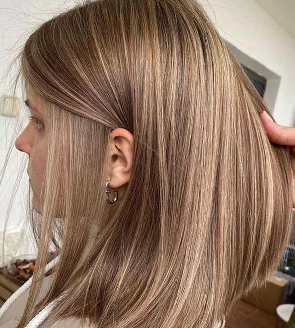 Ovako izgleda kosa pod pramenovima dužina kose do ramena