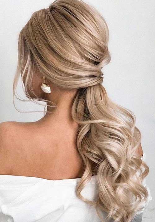 ne-formalni rep - plava kosa - uvijena kosa